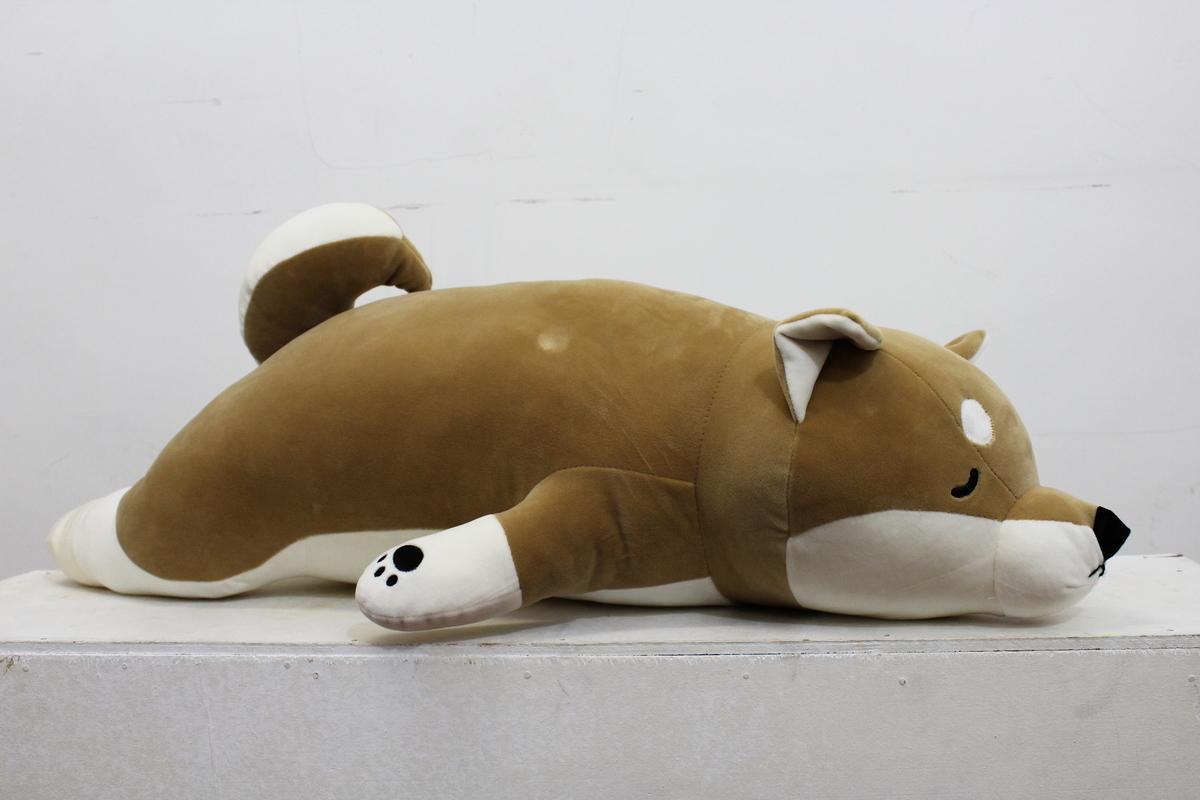 「趴趴狗」長達95cm,不論是抱著,趴在上面睡,或攤在上面都可以。