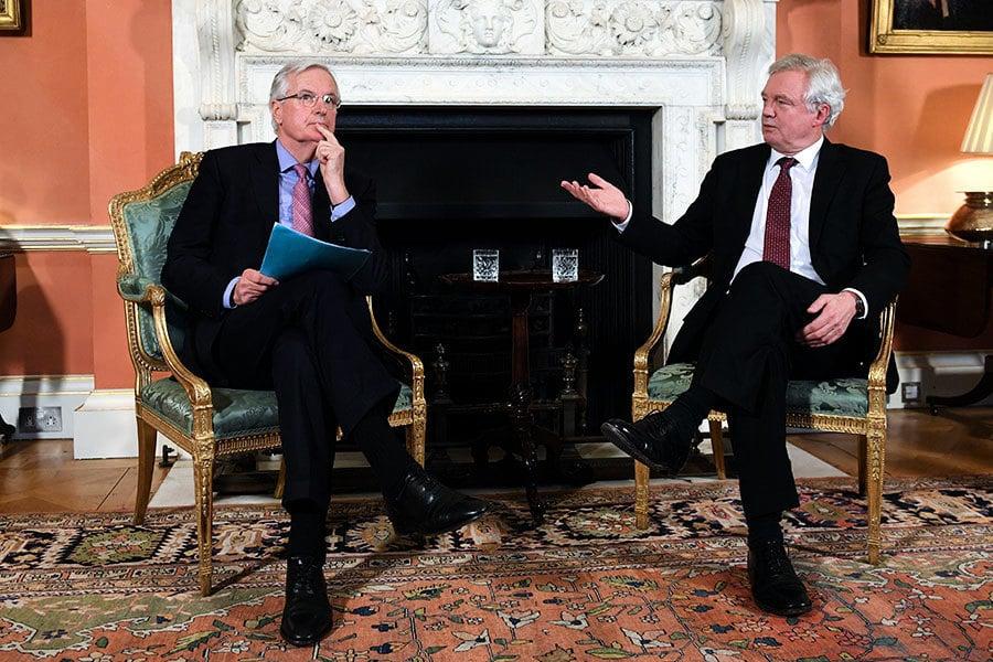 英國首相府:脫歐後不會留在歐盟關稅聯盟