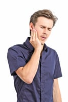 胃食道逆流別輕忽 小心牙齒也受害