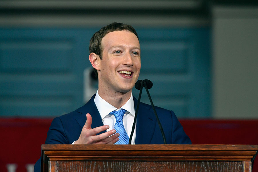 Facebook創始人兼行政總裁馬克・朱克伯格(Mark Zuckerberg)是鎂光燈下的名人,他的日常生活也備受關注。(Paul Marotta/Getty Images)