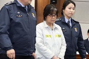 韓「干政案」崔順實獲刑20年被罰180億韓元