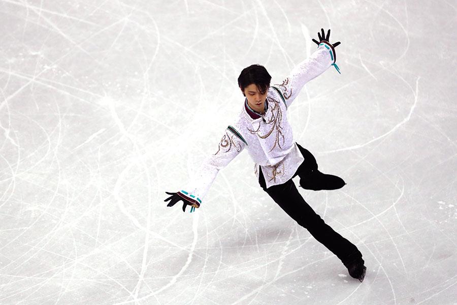 2月17日,日本滑冰王子羽生結弦(Yuzuru Hanyu)在平昌冬季奧運奪得花式滑冰金牌,成為66年來首位衛冕奧運金牌的男子花滑選手。(Robert Cianflone/Getty Images)