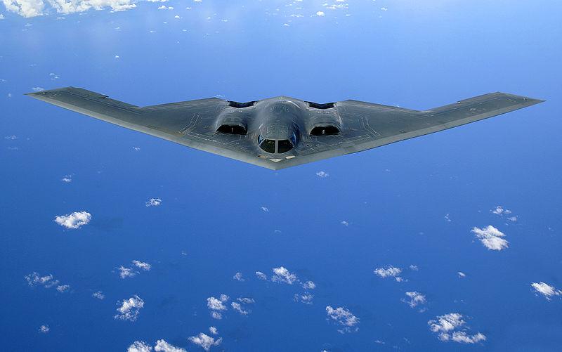 美國空軍曾研發B-2隱形轟炸機(圖)等新型轟炸機,但是始終無法像B-52這樣具備全面的綜合性能。(維基百科)