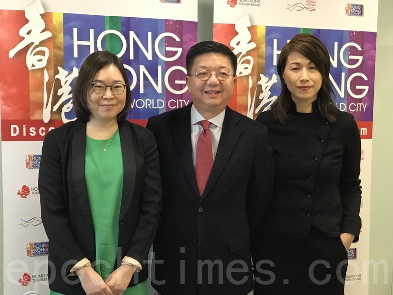 香港旅發局昨公佈2017年整體訪港旅客達5,847萬人次,上升3.2%。其中,大陸客按年比整體升3.9%。(王文君/大紀元)