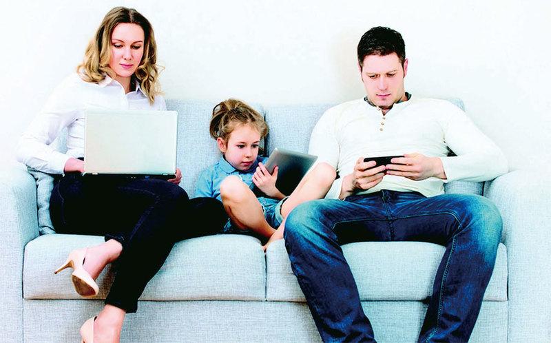 美逾半數青少年手機上癮