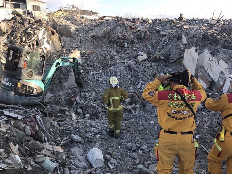 台灣花蓮強震後19天 兩陸客遺體25日可移出