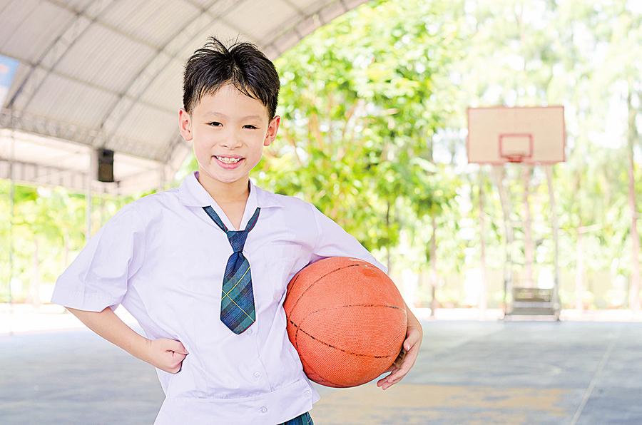愛運動的青少年 英文數學成績更佳