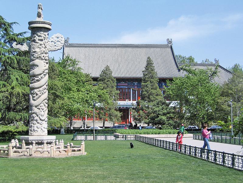 為甚麼古代宮殿前要立「華表」?