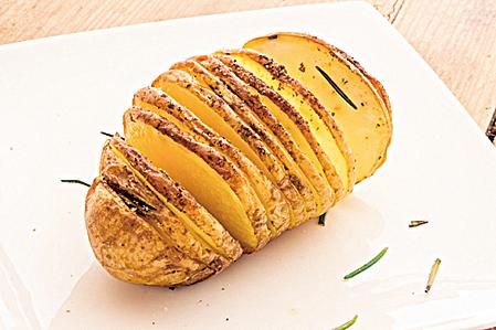 補充鉀含量高的薯仔可緩解酒後頭痛的症狀。