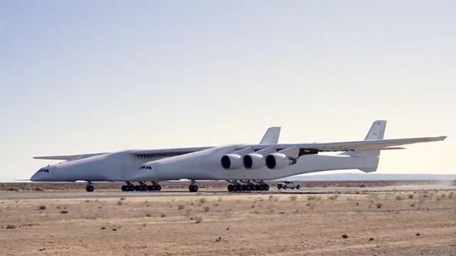 2月25日,這架碩大的飛機進行了首次低速滑行測試。(視像擷圖)