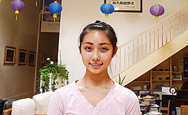 13歲的Angel陳超穎覺得在飛天讀書很幸福。(新紀元資料室)