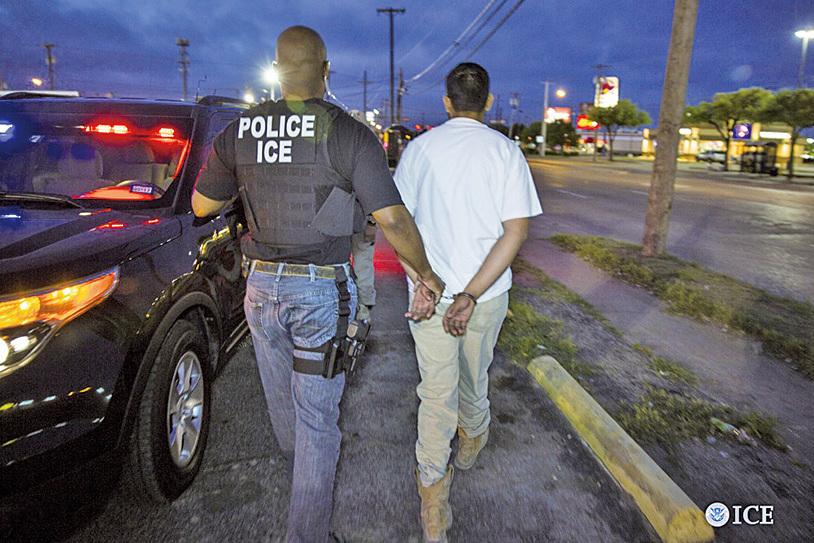 ICE三藩市灣區逮150非法移民 一半有案底