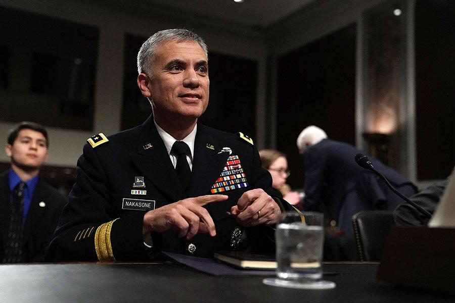 美國國家安全局下任局長提名人中曾根(Paul M. Nakasone)強調,要對中俄網絡戰給予回應。 圖為中曾根在周四的參議院聽證會上。(Alex Wong/Getty Images)