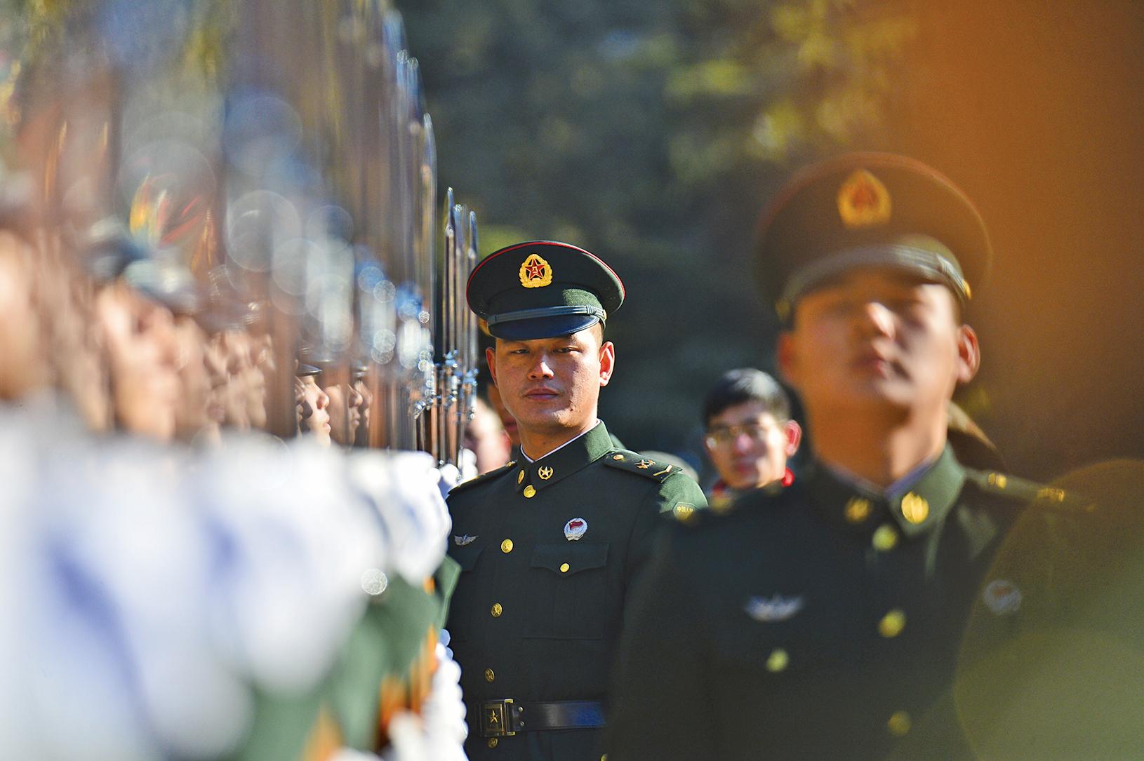 2018年中共國防預算將增8.1%,達到1.11萬億元(約合1,750億美元),再次引發多國擔憂。(Getty Images)