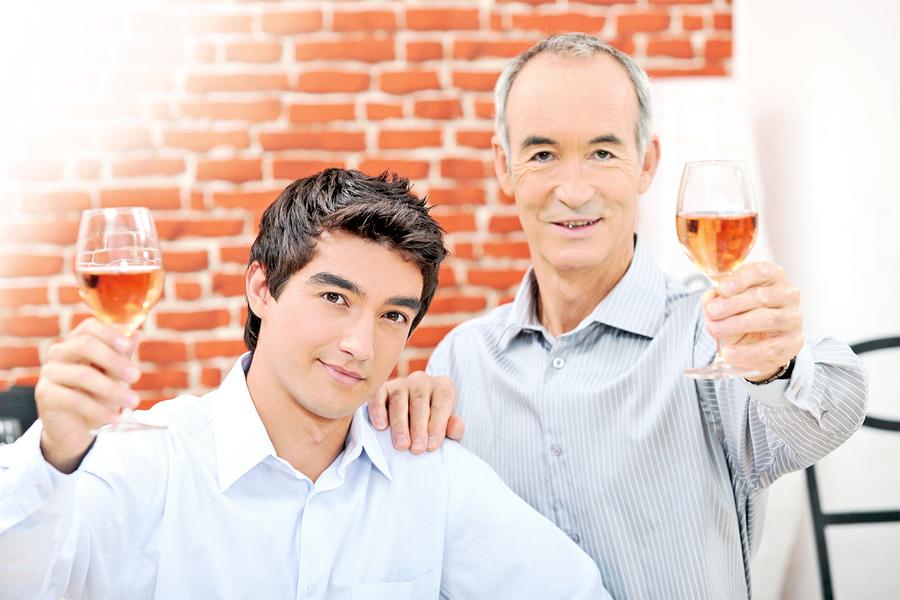 研究 喝酒對健康未必有益甚至有害