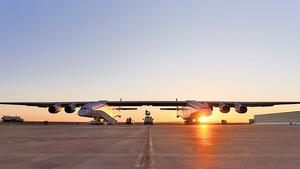世界最大飛機  翼展超過足球場