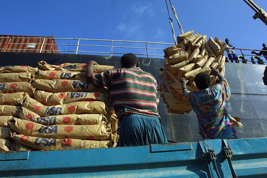 美軍駐非高階將領表示,如果中共對吉布提港口的使用進行限制,那麼可能對美軍基地補給和海軍艦艇補給燃料構成影響。圖為布吉地港口一隅。(Sean Gallup/Getty Images)