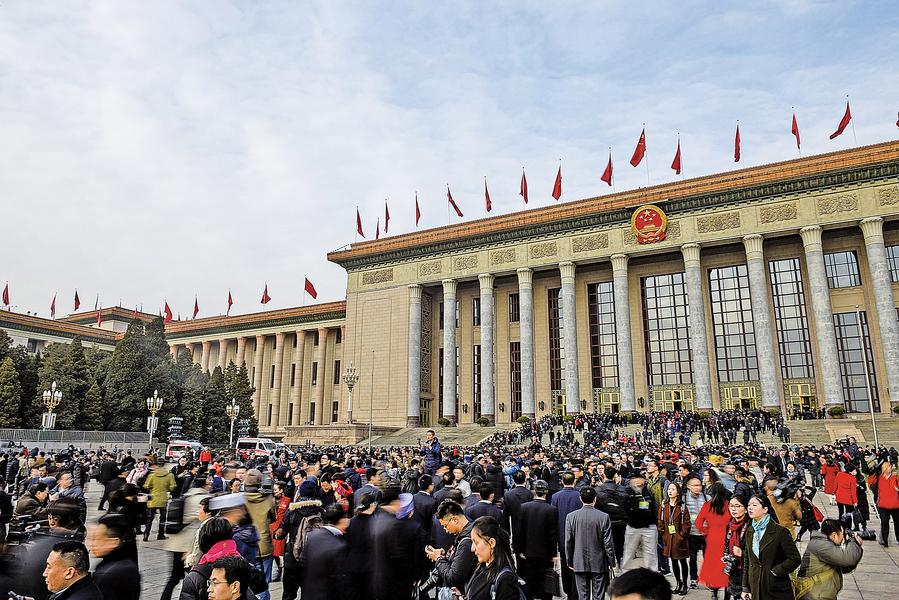 兩會審議修憲案 國際憂中國走向