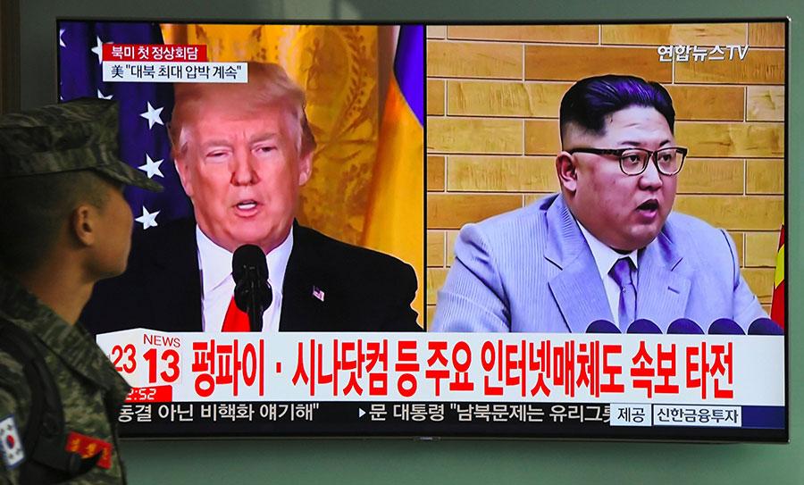 南韓高級官員周四(3月8日)在白宮表示,美國總統特朗普接受了北韓領導人金正恩提出的峰會請求,並將於5月前與金正恩會面。(JUNG YEON-JE/AFP/Getty Images)