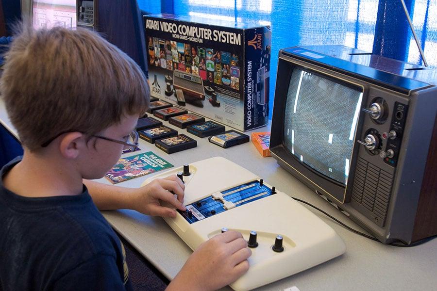 在佛州學校槍擊案之後,美國總統特朗普周四(3月8日)將會晤電子遊戲《俠盜獵車手》和《毀滅戰士》的製造商,討論電子遊戲跟暴力行為之間的關係。(David Greedy/Getty Images)