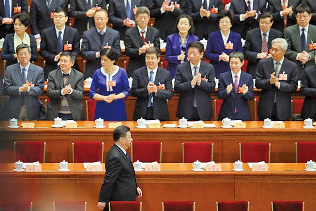 3月11日下午,中共全國人大會議,進行憲法修正案草案投票表決,結果以2,958票贊成、2票反對之下高票通過。(Getty Images)
