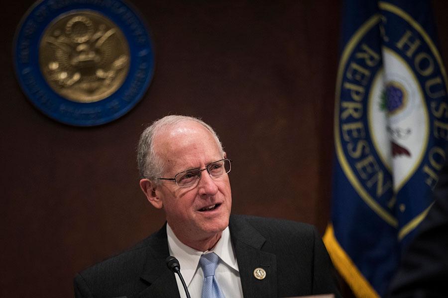 美國德州聯邦眾議員康納威(Mike Conaway,如圖)周一宣佈,眾議院已完成調查,「沒有發現特朗普競選團隊與俄羅斯之間存在勾結、協調或共謀的證據。」(Drew Angerer/Getty Images)