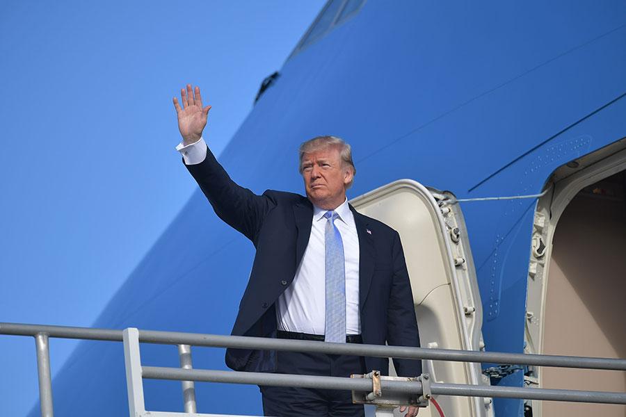 5月10日,特朗普在推特上宣佈,他將和北韓領導人金正恩於6月12日在新加坡舉行會晤。(MANDEL NGAN/AFP/Getty Images)