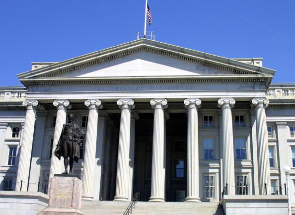 白宮3月15日首次針對俄羅斯干擾美國大選,宣佈對俄制裁令。圖為華盛頓美國財政部大樓。(AFP)