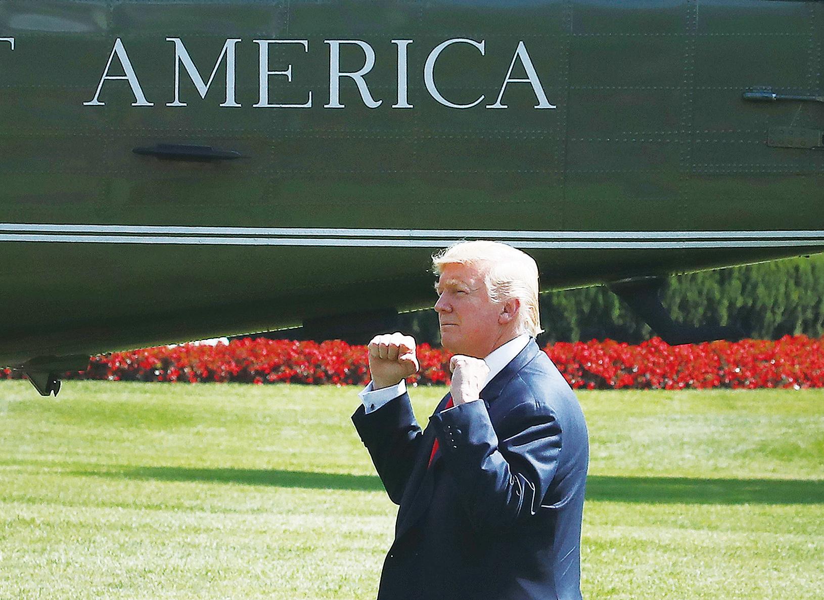 白宮一位資深貿易官員表示,總統下一步將是懲罰中共的非法知識產權盜竊,用301條款箝制中共的2025年工業計劃。(Getty Images)