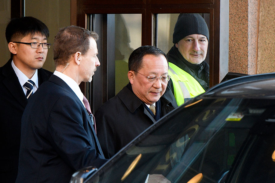 北韓代表團剛結束對瑞典的訪問,周日又有北韓高官前往芬蘭,與前美國官員會談。圖為北韓外交部長李勇浩在瑞典訪問期間。(VILHELM STOKSTAD/AFP/Getty Images)