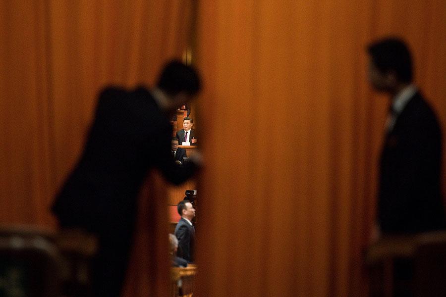 3月17日,習近平、王岐山高票當選中共國家主席、副主席。(FRED DUFOUR/AFP/Getty Images)