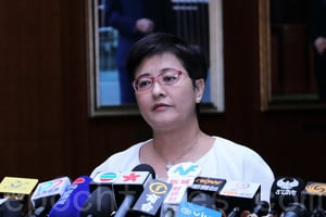 譚耀宗用錯誤信息恐嚇港人 結束一黨專政或違憲論遭反駁