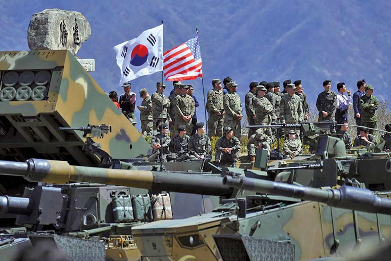一個窮兵黷武的北韓的存在,恰恰起到了維繫美國與日韓關係的作用。圖為美國與南韓的聯合軍演。(AFP)