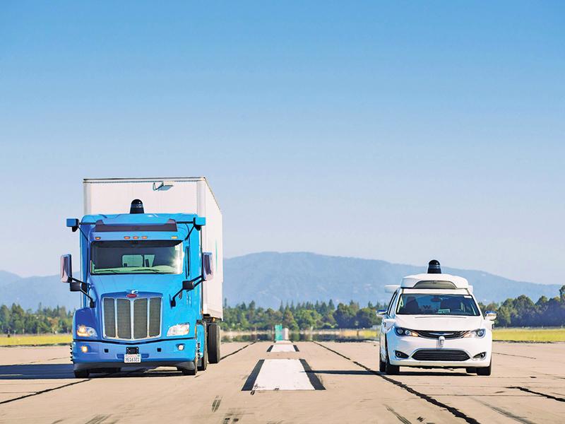 谷歌無人駕駛卡車上路了