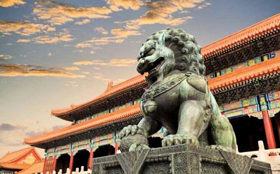 為甚麼古代建築前 常擺放一對石獅子?