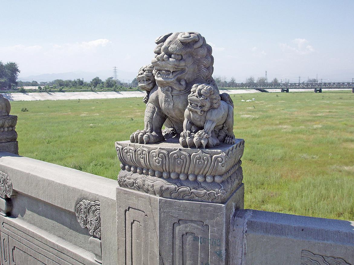 盧溝橋的獅子雕刻。(Fanghong/維基共享)