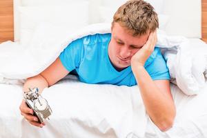 經常失眠?六招讓你擺脫睡前憂慮
