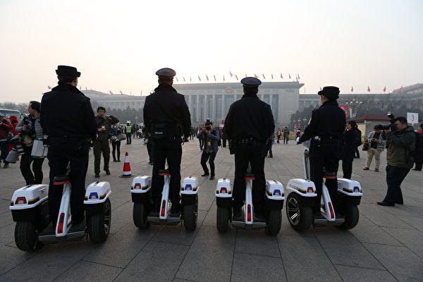 習近平上台後,已更換24省公安廳長,其中有3省換過兩次,有多名政法委書記、公安廳長落馬,「習核心」確立後更有2人被判死刑。圖為北京天安門一景。(大紀元資料室)