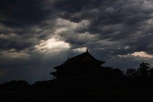 官場大規模腐敗 分析:中共體制出了問題