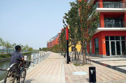 上海樓市3地王溢價率逾100%