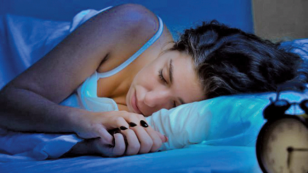 研究證實,即使是低度的夜間光照也與憂鬱症之間存在著密切的關係。(Shutterstock)