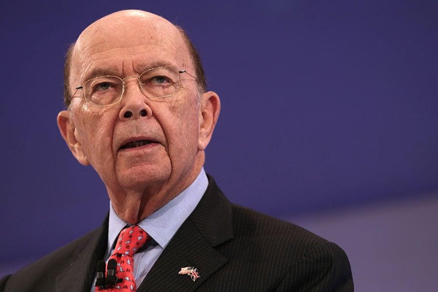 美國商務部長羅斯周四在彭博社節目指出,一些投資人過於擔心特朗普總統的外交政策對經濟可能帶來的風險。實際上,提高關稅對美國通貨膨脹率不會產生大影響。(DANIEL LEAL-OLIVAS/AFP/Getty Images)