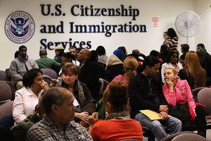 美移民新規曝光 享稅收抵免者也難獲綠卡