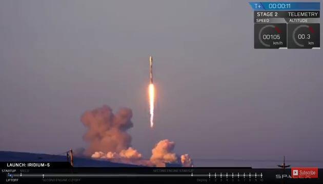 當地時間周五早上7點多,美國太空探索公司SpaceX成功發射一枚獵鷹9號(Falcon 9)火箭,為銥星通訊公司(Iridium Communications)發射10枚衛星。(視像擷圖)