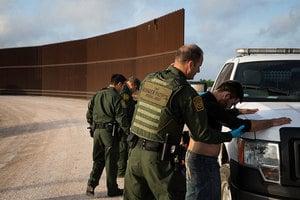 特朗普政府起草移民改革法案 一勞永逸補漏