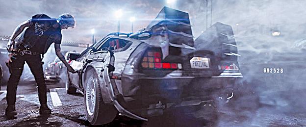 《挑戰者1號》闖關遊戲中的賽車,視覺效果與張力讓著名的賽車電影《狂野時速》(The Fast And The Furious)恐怕都被比了下去。