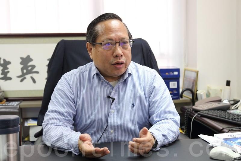 香港支聯會、中國維權關注組主席何俊仁近日接受本報專訪,談香港法治現況。(李逸/大紀元)