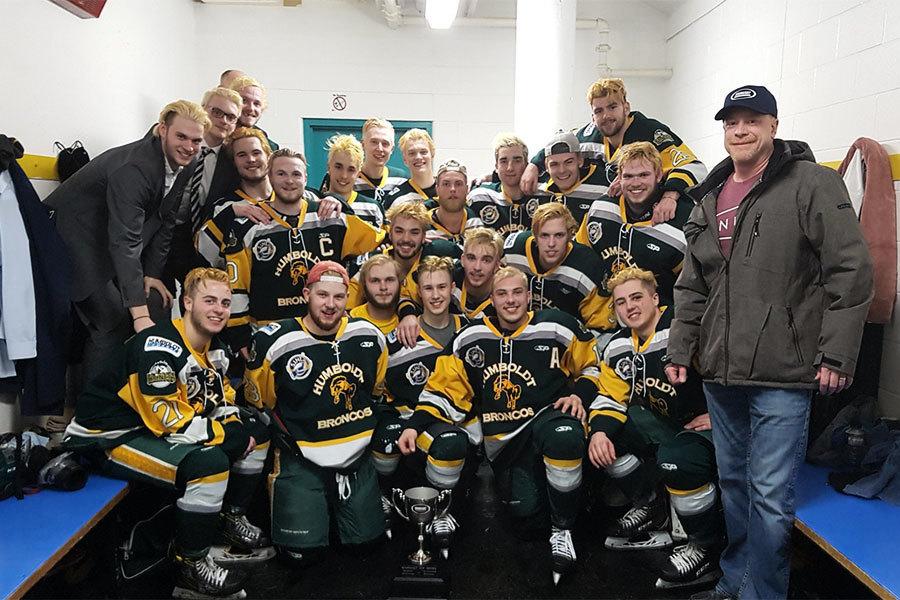 加拿大冰球隊巴士重大車禍 14死14傷