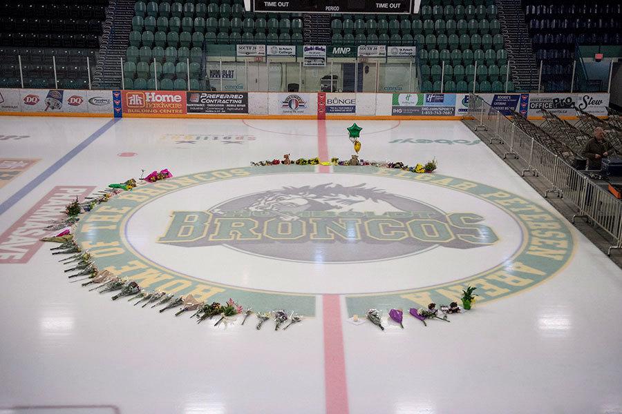 加拿大冰球隊車禍震撼全國 死亡人數升至15人