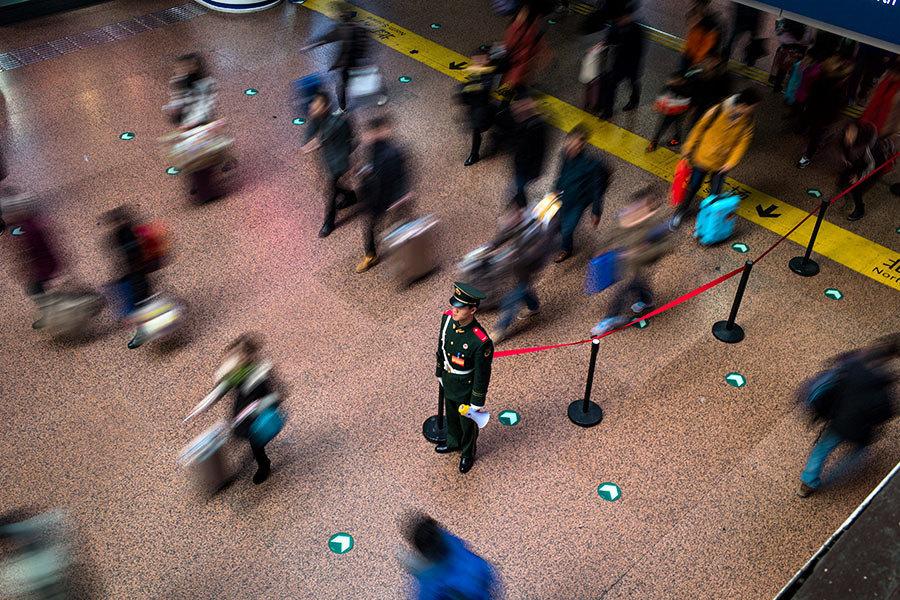 中共實行社會信用系統 民眾連搭車都難